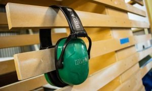 Read more about the article Ultimate Guide for Selecting the Right Ear Muff